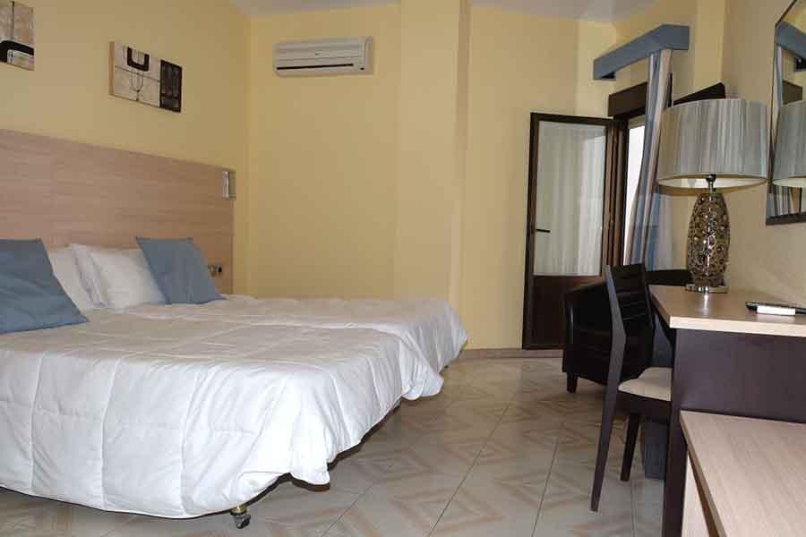 hotel-oasis-habitacion-doble